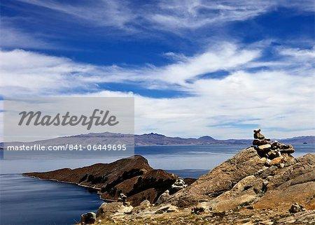 Rocks and lake, Bahia Kona, Isla del Sol, Lake Titicaca, Bolivia, South America