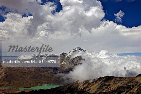 Mount Huayna Potosi viewed from Mount Chacaltaya, Calahuyo, Cordillera real, Bolivia, Andes, South America