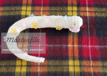Serpent peluche tricot