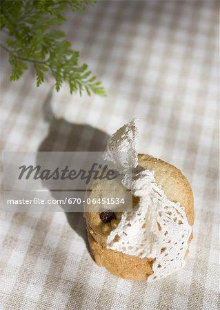Cookies, attachés avec un ruban