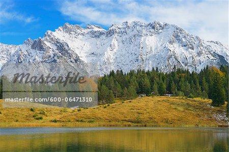 Lake Wildensee with Karwendel Mountain Range, near Mittenwald, Werdenfelser Land, Upper Bavaria, Bavaria, Germany