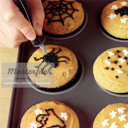 Making Halloween Cupcakes - decorating the cupcakes - step shot