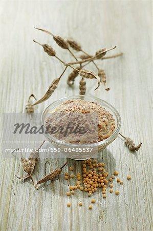 An arrangement of mustard
