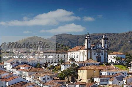 View of Nossa Senhora do Carmo (Our Lady of Mount Carmel) Church and Museu da Inconfidencia, Ouro Preto, UNESCO World Heritage Site, Minas Gerais, Brazil, South America
