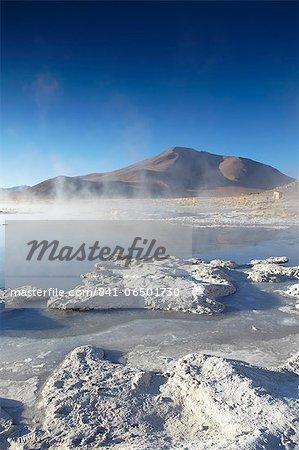 Hot springs of Termas de Polques on the Altiplano, Potosi Department, Bolivia, South America