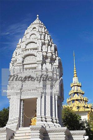 Kantha Bopha Stupa at Silver Pagoda in Royal Palace, Phnom Penh, Cambodia, Indochina, Southeast Asia, Asia