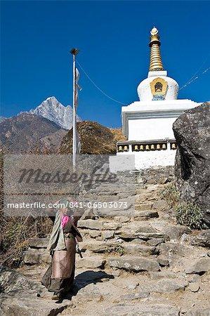 Buddhist Stupa, Solu Khumbu Region, Nepal, Himalayas, Asia