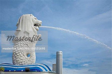 Side View of Merlion Statue, Merlion Park, Marina Bay, Singapore