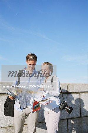 Tourist couple visiting Tokyo