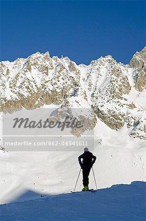 Europe, France, French Alps, Haute Savoie, Chamonix, skier in Argentiere and Grand Montet ski area