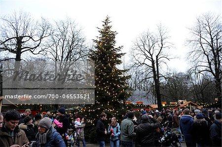 Christmas Market at the Chinese Tower (Christkindlmarkt am Chinesischen Turm) in the English Garden, Munich, Bavaria, Germany