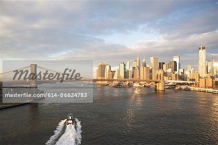 New York City skyline and bridge
