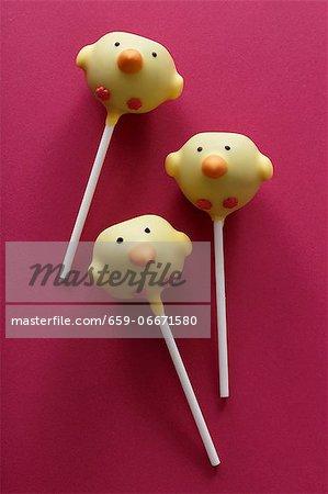 Three cake pops (chicks)