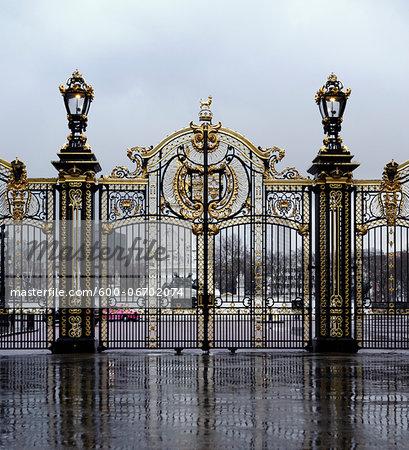 Gate to Buckingham Palace, City of Westminster, London, England