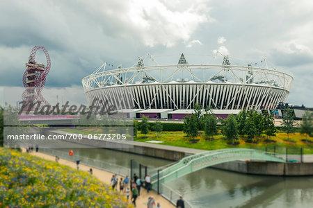 2012 summer olympic stadium and ArcelorMittel Orbit art structure, stratford, london, UK