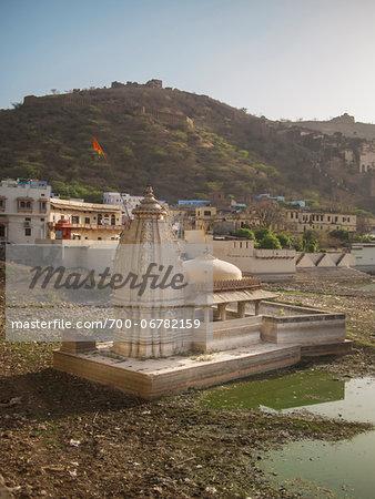 disused water tank with small temple, Bundi, India