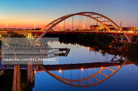 Cumberland River and Gateway Bridge, Nashville, Tennessee, United States of America, North America