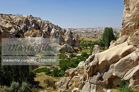 Fairy Chimneys rock formation near Goreme, Cappadocia, Anatolia, Turkey, Asia Minor, Eurasia