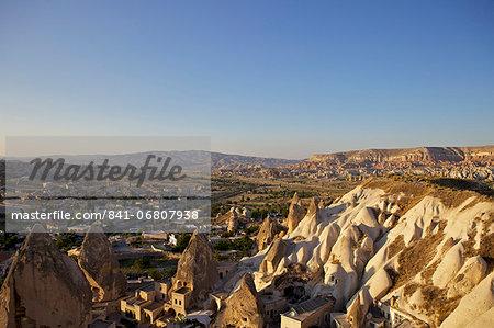 View over Goreme, Cappadocia, Anatolia, Turkey, Asia Minor, Eurasia