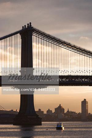 Manhattan bridge, New York City, USA