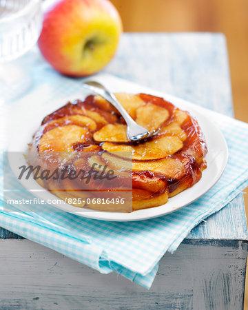Tatin-style lemon-flavored apple fondant