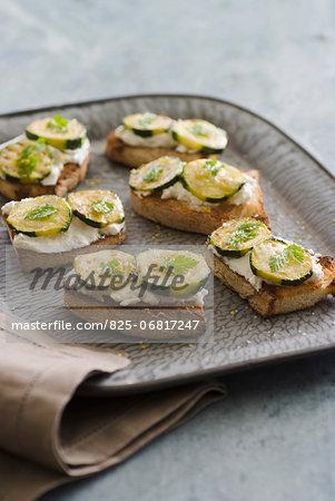 Ricotta and grilled zucchini Bruschettas