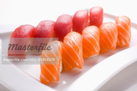 Salmon and tuna Sushis
