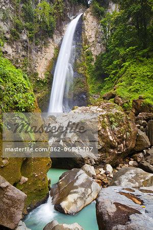 Dominica, Delices. Victoria Falls.