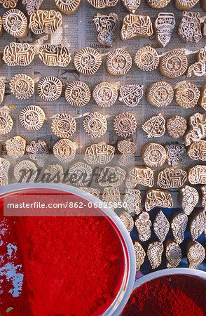 India, Madhya Pradesh, Orchha, bazaar, henna stamps and dye