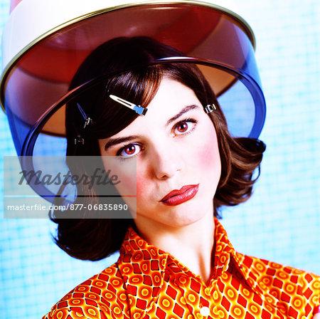 Portrait woman, hair-dryer