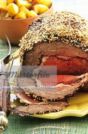 Roast beef with sesame seed crust
