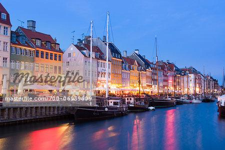 17th Century Building on Waterfront, Nyhavn, Copenhagen, Denmark