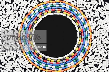 Circular arrangement of medicine capsules