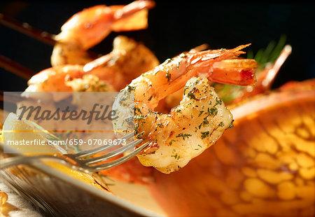 Lemon prawns with dill