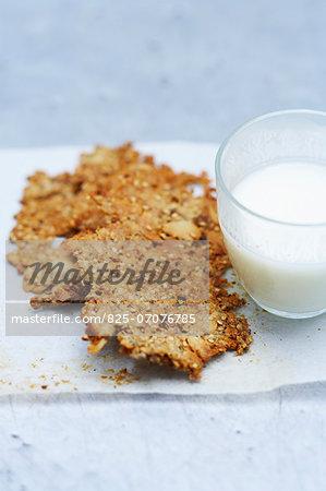 Granola galettes