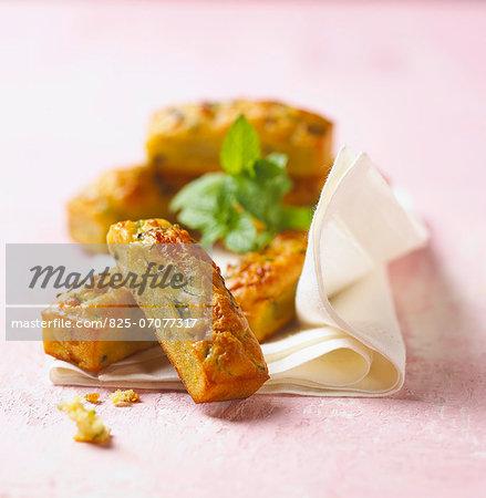Mini zucchini savoury cakes