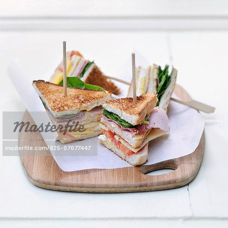 Ham and chese club sandwiches