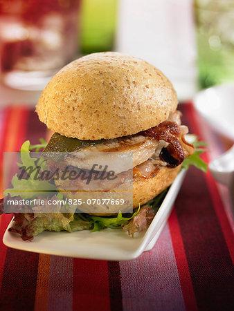 Pork backbone,bacon and green pepper sandwich