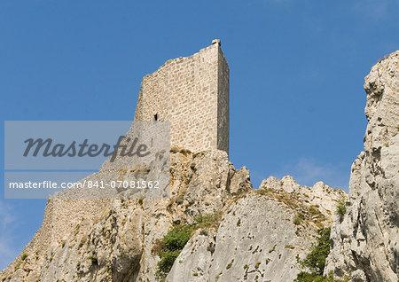 Chateau de Peyrepertuse, a Cathar castle, Languedoc, France, Europe