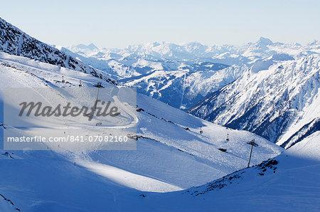 Argentiere and Grand Montet ski area, Chamonix Valley, Haute-Savoie, French Alps, France, Europe