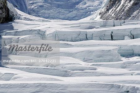 Crevasses on Mount Everest, Solu Khumbu Everest Region, Sagarmatha National Park, UNESCO World Heritage Site, Nepal, Himalayas, Asia