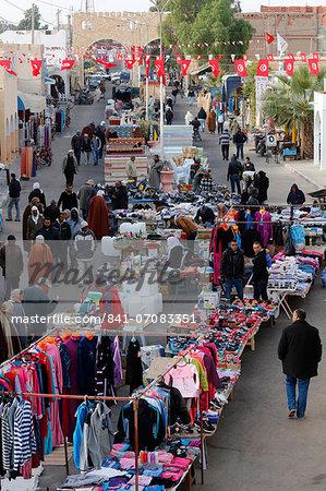 Douz weekly market, Kebili, Tunisia, North Africa, Africa