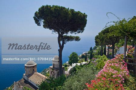 The gardens of Villa Rufolo in Ravello, Costiera Amalfitana, UNESCO World Heritage Site, Campania, Italy, Europe