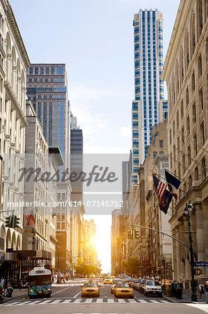 Traffic on 7th Avenue, New York, New York State, USA