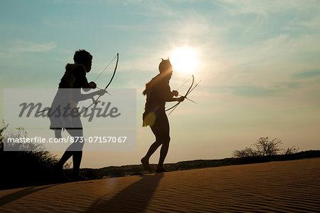 Bushmen tracking game