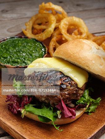Hamburger and green chilli and coriander relish