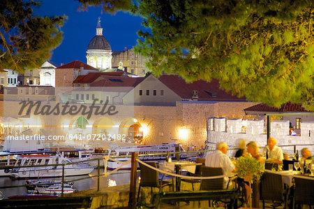 Harbour and Old Town at dusk, Dubrovnik, Dubrovnik Riviera, Dalmatia, Croatia, Europe