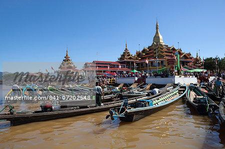 Phaung Daw Oo Pagoda, Inle Lake, Shan State, Myanmar (Burma), Asia