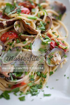 Spaghetti with Clams, Tomatoes and Basil, Santa Maria di Castellabate, Salerno, Campania, Italy