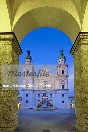 Cathedral and Marien Column, Salzburg, Salzburger Land, Austria, Europe